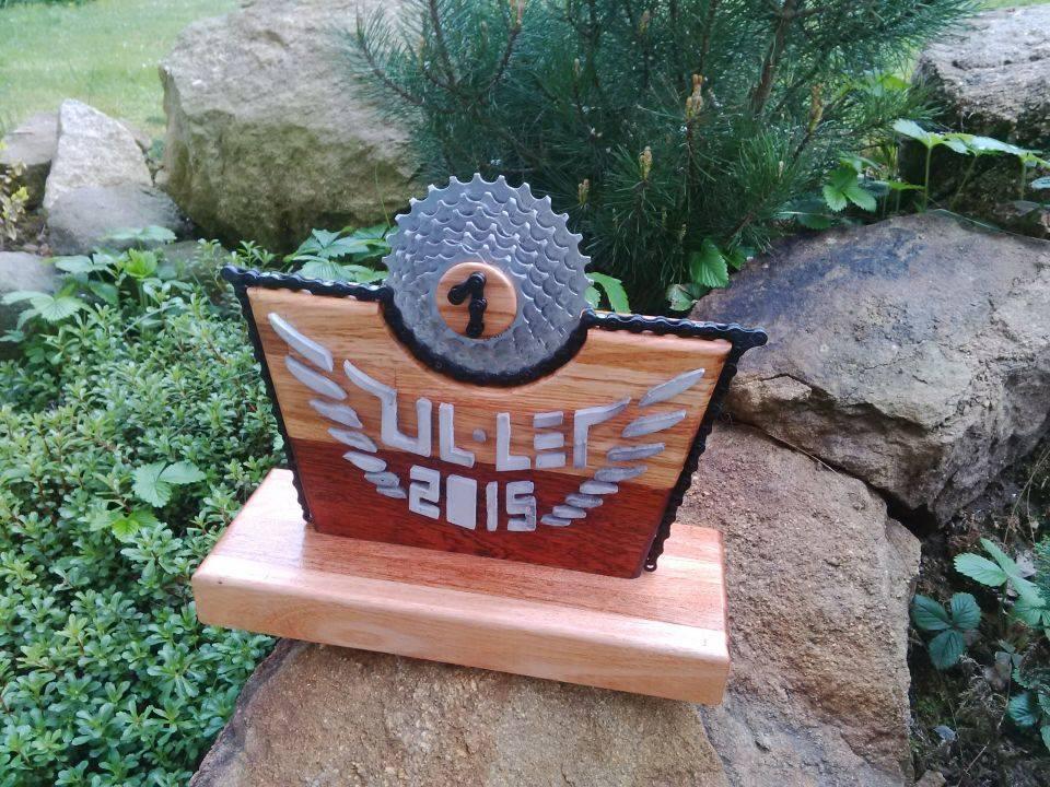 trophy2015